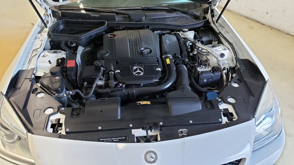 2015 Mercedes Benz SLK250